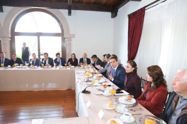 Informa Gobernador resultados de gira de trabajo en China