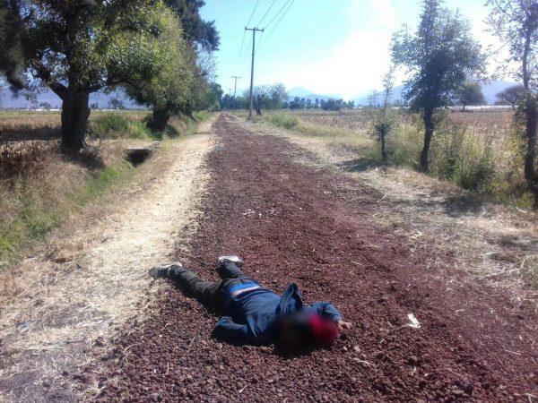 """Abandonan cadáver baleado de un hombre en la brecha """"Del León"""" de Zamora"""