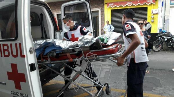 Hombre queda herido en vivienda tras estallido de explosivo casero