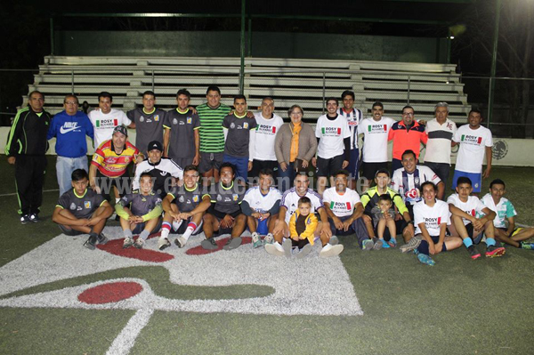 Gran posada de fin de año de directivos y delegados de la Liga Infantil de Futbol