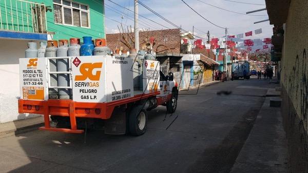 Octogenario muere arrollado por camioneta repartidora de gas