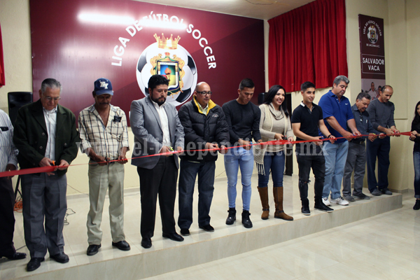 Reinauguran salón de juntas de la Liga Municipal de Fútbol de Jacona
