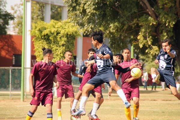 Deportivo Juárez dio catedra a los Cachorros