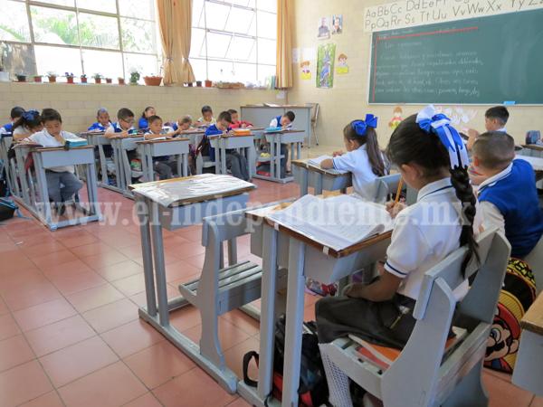 El sistema educacional en México es primitivo: Daniel Habif