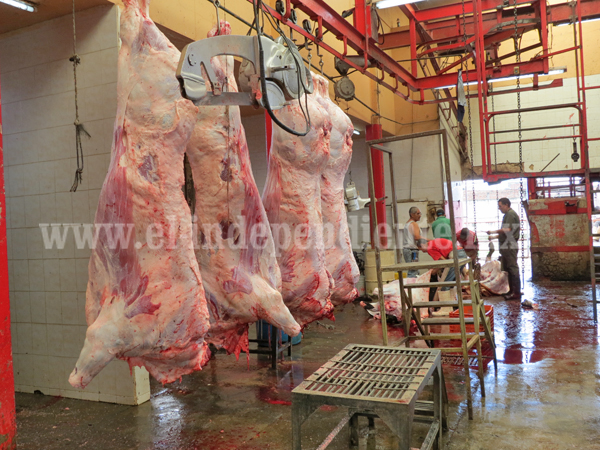 Garantizan calidad en carne expedida desde el Rastro Municipal