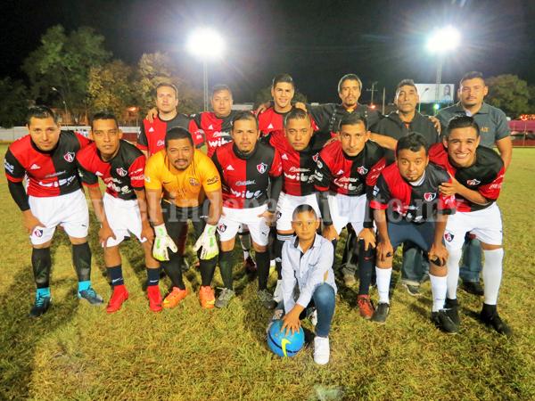 En gran juego de futbol, Alugol venció al Rentamaq