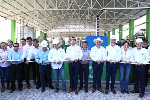 Mi Gobierno ha invertido más de 250 mdp en acciones y programas en Parácuaro: Silvano Aureoles