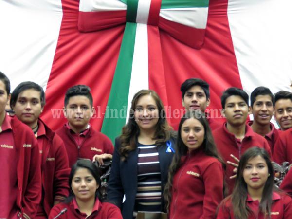 Noemí Ramírez pidió a titular de SEE implementar modificación de horario en escuelas