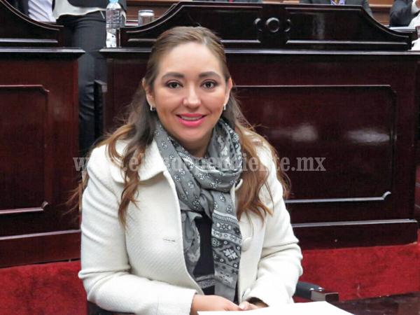 Noemí Ramírez va por gestión de Casa de la Salud para Chaparaco