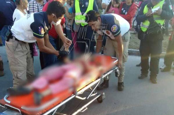 Camión de la Ruta Amarilla atropella a una niña en el Fraccionamiento Acanto II