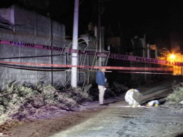 En brecha de Zamora encuentran el cadáver baleado de una mujer joven