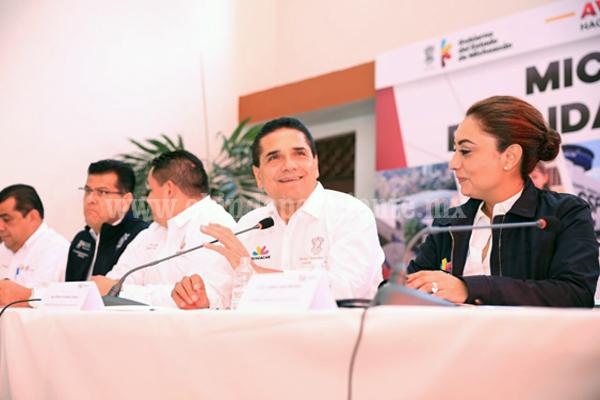 Ordenar las finanzas en Michoacán es mi compromiso y lo voy a cumplir: Silvano Aureoles
