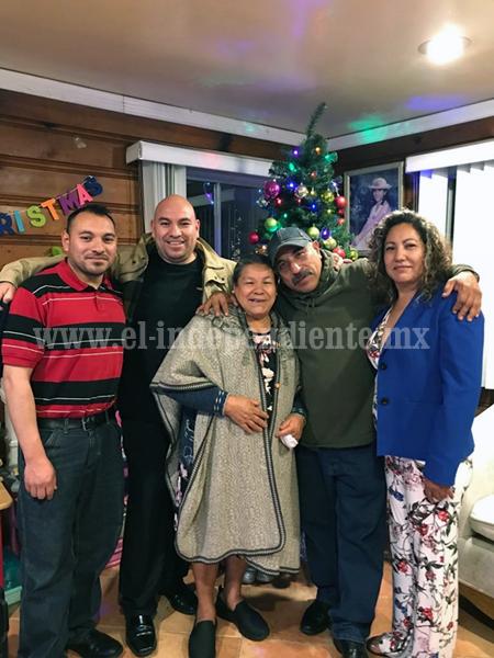 Con Palomas Mensajeras, 195 adultos mayores disfrutaron fiestas decembrinas con sus familias en EU