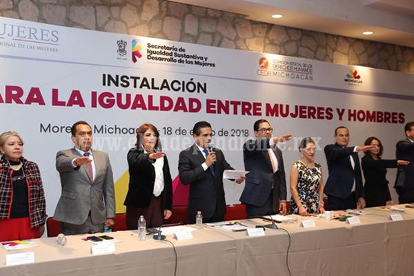 Igualdad de oportunidades y respeto mutuo entre hombres y mujeres, el reto: Silvano Aureoles