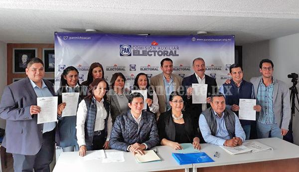 """ARTURO HERNÁNDEZ, ALCALDE DE TANGANCÍCUARO, SE REGISTRÓ COMO PRECANDIDATO A LA DIPUTACIÓN LOCAL DEL 07 DISTRITO CON CABECERA EN ZACAPÚ PARA REPRESENTAR A """"POR MICHOACÁN AL FRENTE"""""""