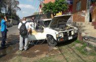 También en Jacona queman camioneta repartidora