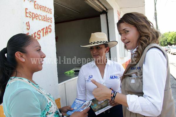 """""""Michoacanos somos gente de trabajo, merecemos un estado de oportunidades"""": Eréndira Castellanos"""