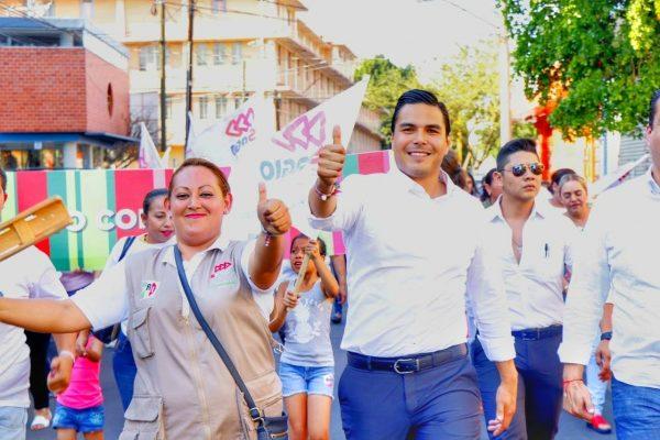 Recorrió Sergio Flores calles del distrito 5