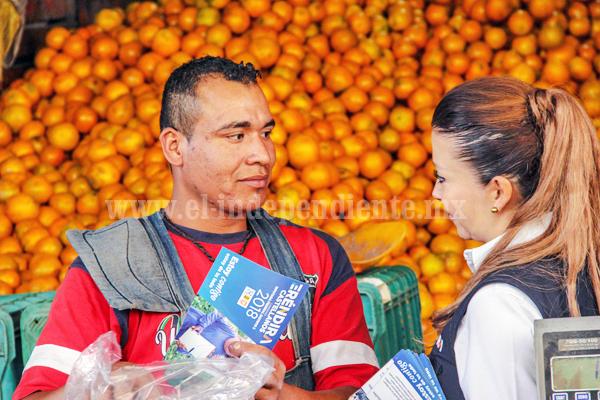 Visitó Eréndira Castellanos a comerciantes del Mercado de Abastos en La Piedad