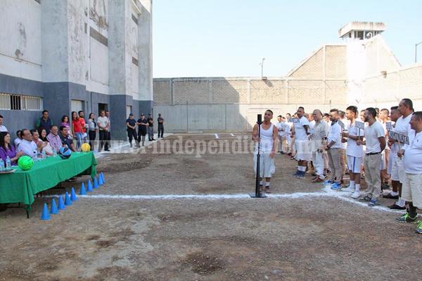Inauguran semana deportiva en el CERESO de Zamora