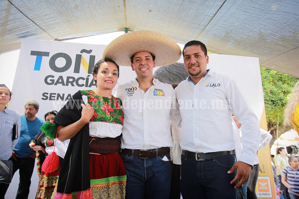 Apuesta Toño García por la educación para prevenir la violencia