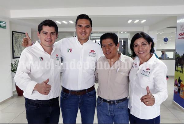 Trabajará Sergio Flores de la mano con sector económico