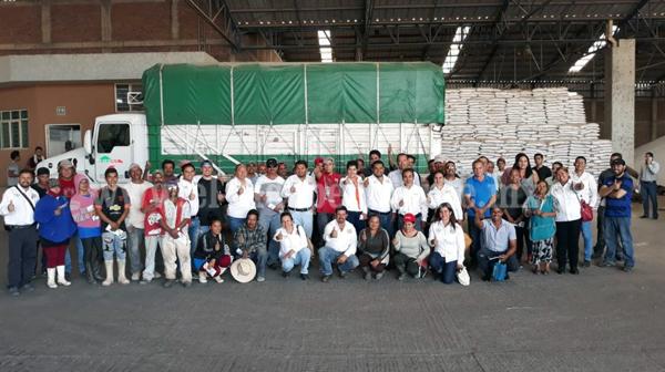 Guille Zaragoza visitó la congeladora Tecnofrut, empresa Fofecha y colonias: El Realejo y Morelos