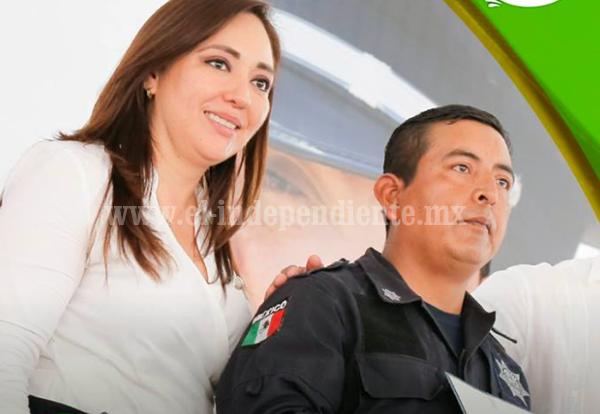 Voy a legislar por una policía más cercana y confiable a zamoranos: Noemí Ramírez