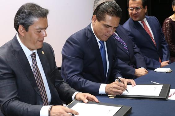 Propone Gobernador acercar la justicia administrativa a las regiones en Michoacán