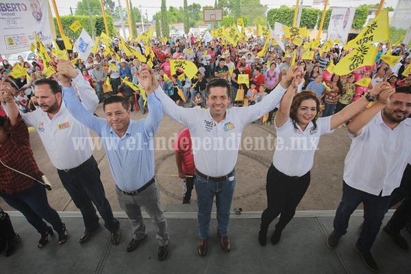 El Frente llevará más progreso a Michoacán de manera unida, Toño García