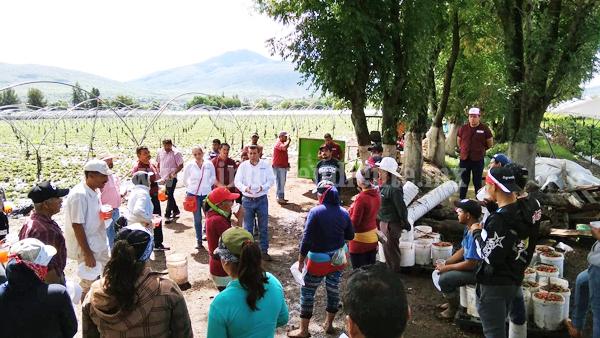 Martín Arredondo visitó a hombres del campo para desarrollar sus propuestas del agro