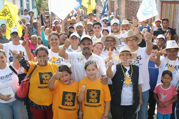 Una vez más, habitantes de La Estanzuela demuestran respaldo total al proyecto de Ángel Macías