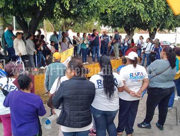 """Rafa Melgoza recorrió """"El Cerrito"""" e invitó a sus vecinos a su cierre de Campaña"""
