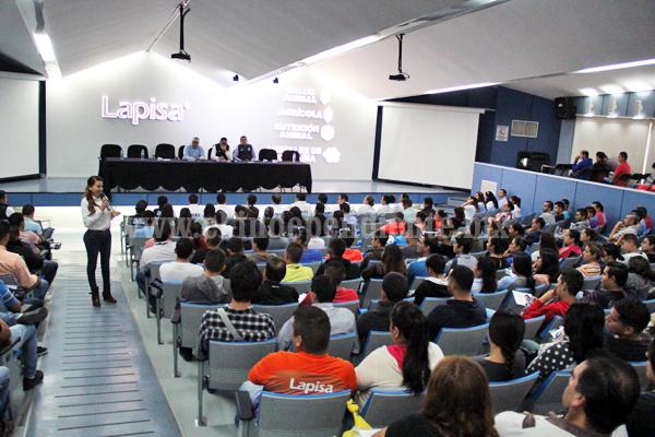 El Distrito 5 respalda a Eréndira Castellanos por sus propuestas firmes