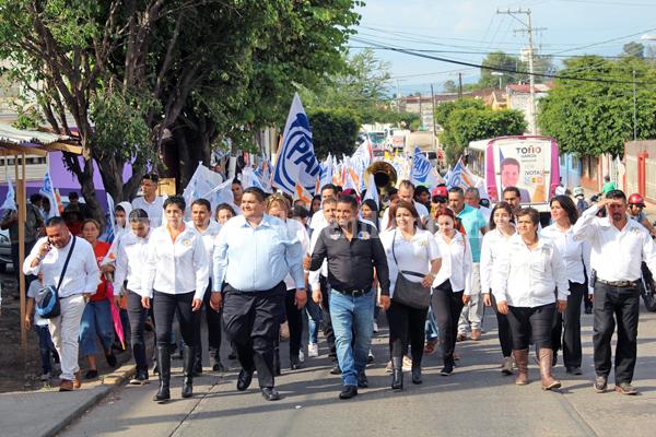 Guille Zaragoza comprometió destinar 50% de su salario como alcalde, para la obra que más necesite y elijan los jaconenses