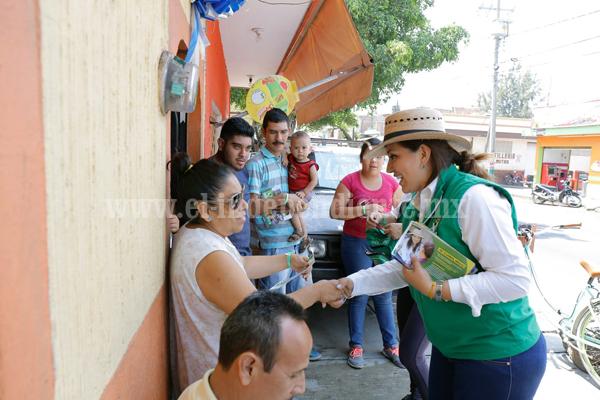 Asume compromiso Noemí Ramírez con infraestructura educativa e instalación de guarderías