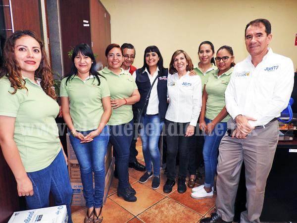 Visitó Judith Acevedo a trabajadores del ayuntamiento de Zamora