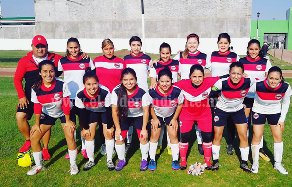 Torneo femenil de futbol 7 en buena fase