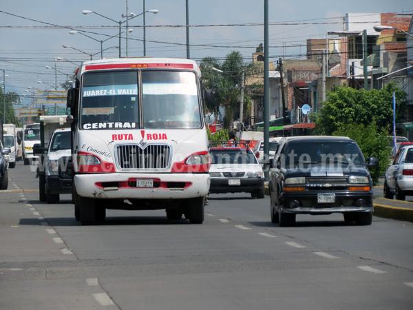 Concesionarios están inconformes por permisibilidad a transporte foráneo