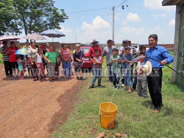 Colonia Ángel Mendoza ya tiene agua potable en Jacona