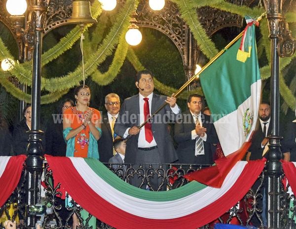 Realizaron con tranquilidad y fervor Festejos de la Independencia de México