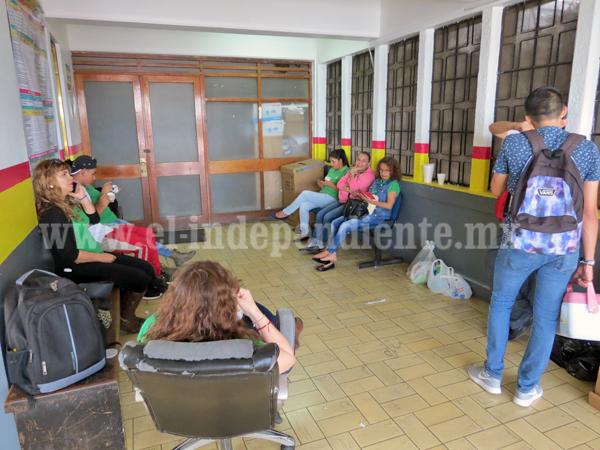 Ciudadanos molestos nuevamente por toma de la oficina de Rentas
