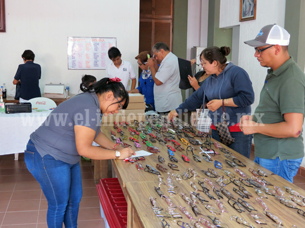 Arrancó campaña anual de lentes del Club Rotario Erandi
