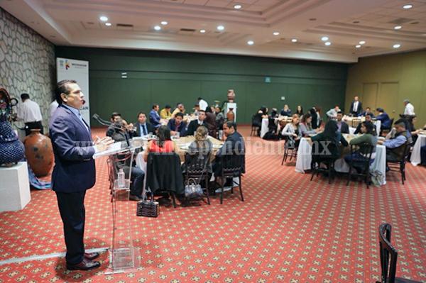 Jóvenes parlamentarios tendrán nuestro apoyo para impulsar sus propuestas: Silvano Aureoles
