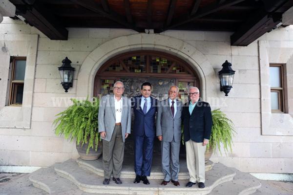 Dialoga Silvano Aureoles con ex gobernadores michoacanos