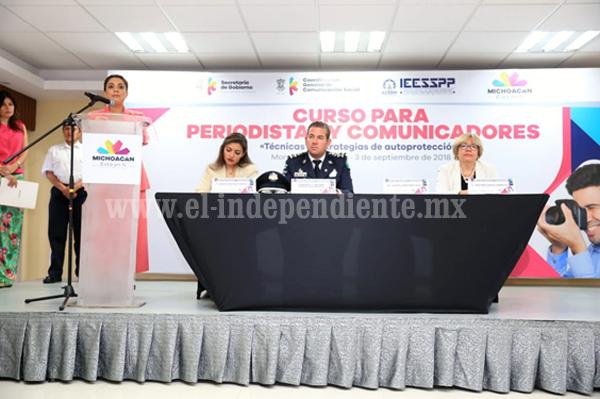 """Presentan curso para periodistas """"Técnicas y Estrategias de Autoprotección"""""""
