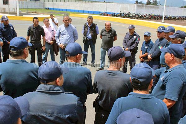 Director de Seguridad Pública se reunió con policías auxiliares