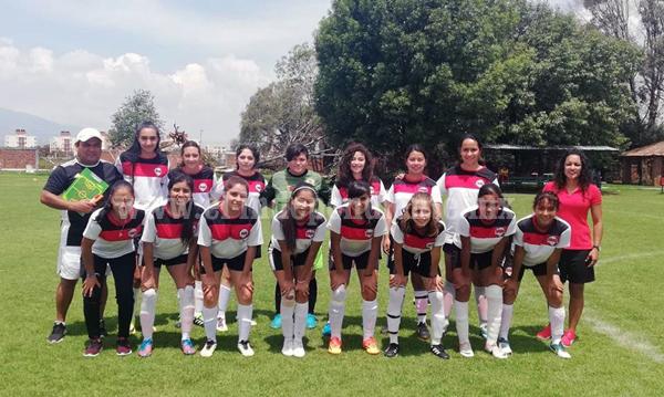 Escuela de futbol RAS listas para participar en interligas bajío femenil