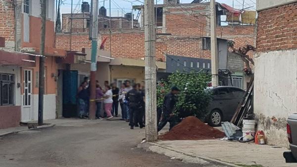Hombre es ultimado en un domicilio de la Jacinto Chávez