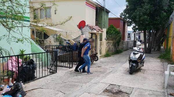 Policía detiene a 6 muchachos en el Infonavit Arboledas